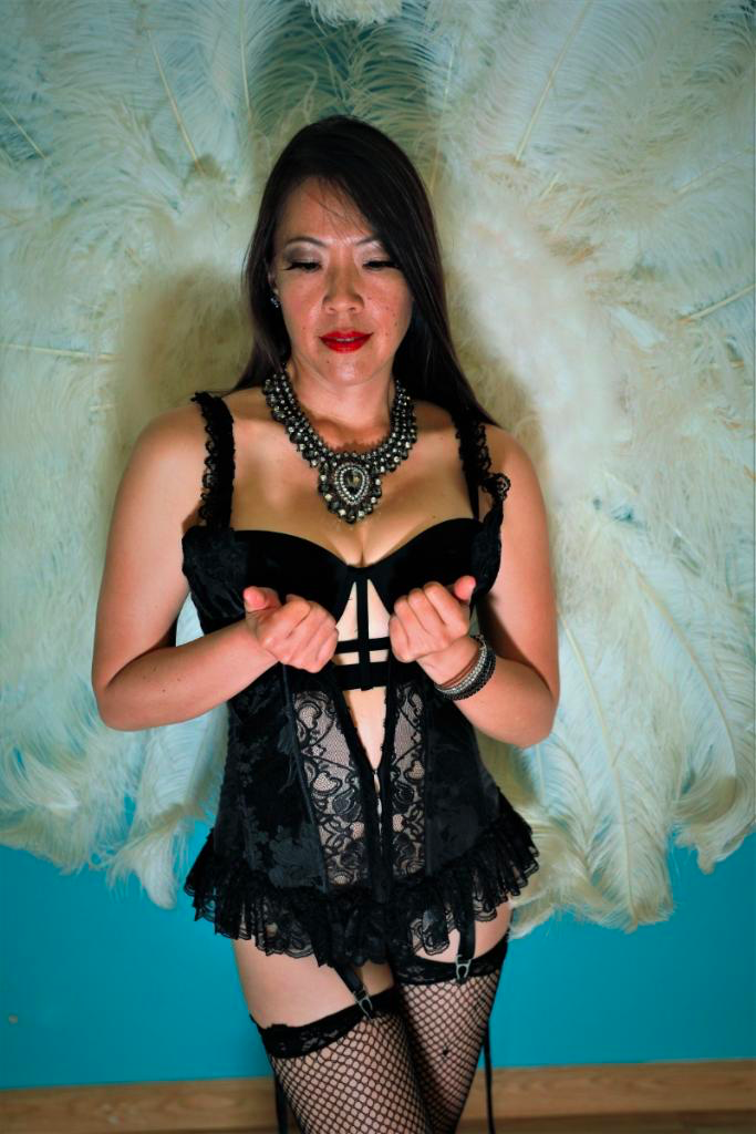 boudoir with Nicole, ahem, Nikita
