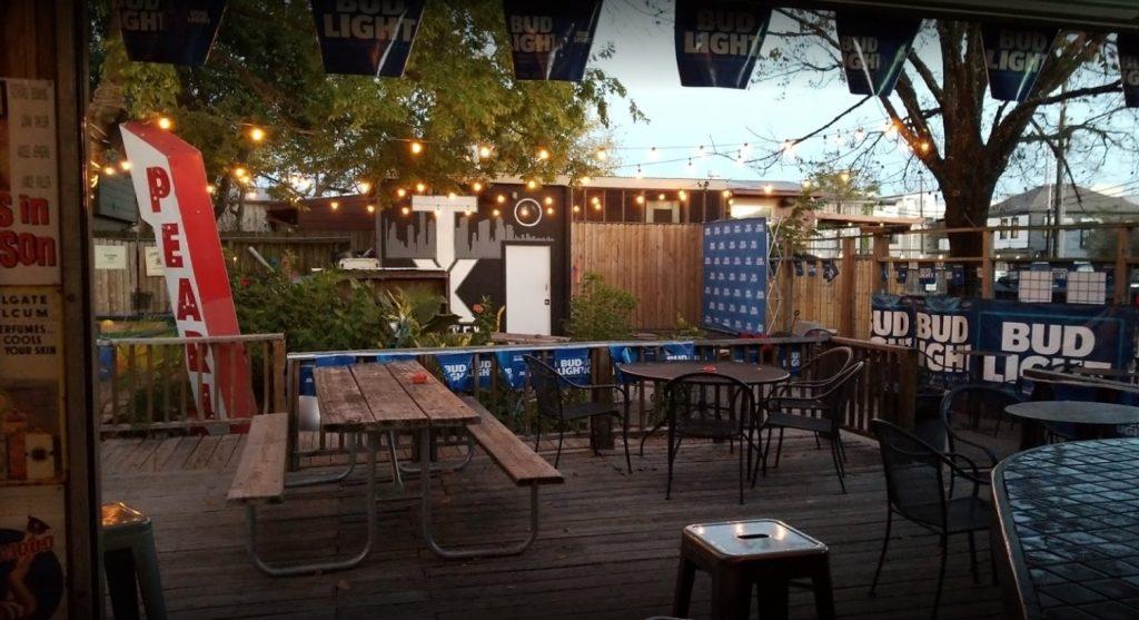 Pearl bar in Houston
